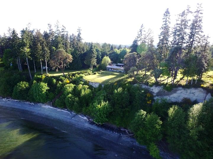 The Parklands on Admiralty Inlet