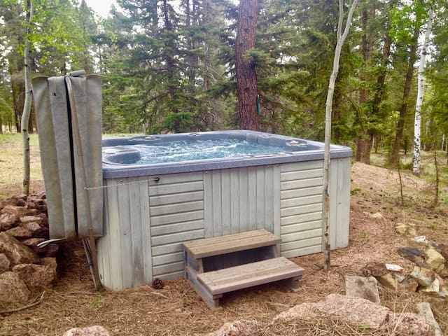 Your own private outdoor hot tub awaits. Great for soaking and stargazing!