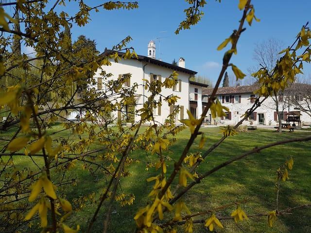 L'Isolo casa vacanza vicinanze lago di Garda TERR