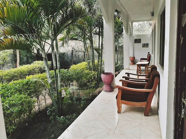 Narmada palace-deluxe room with garden view