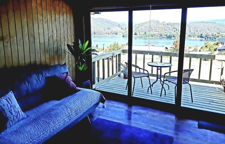 CostaLoft N°3  *Terraza con vista al Río Valdivia