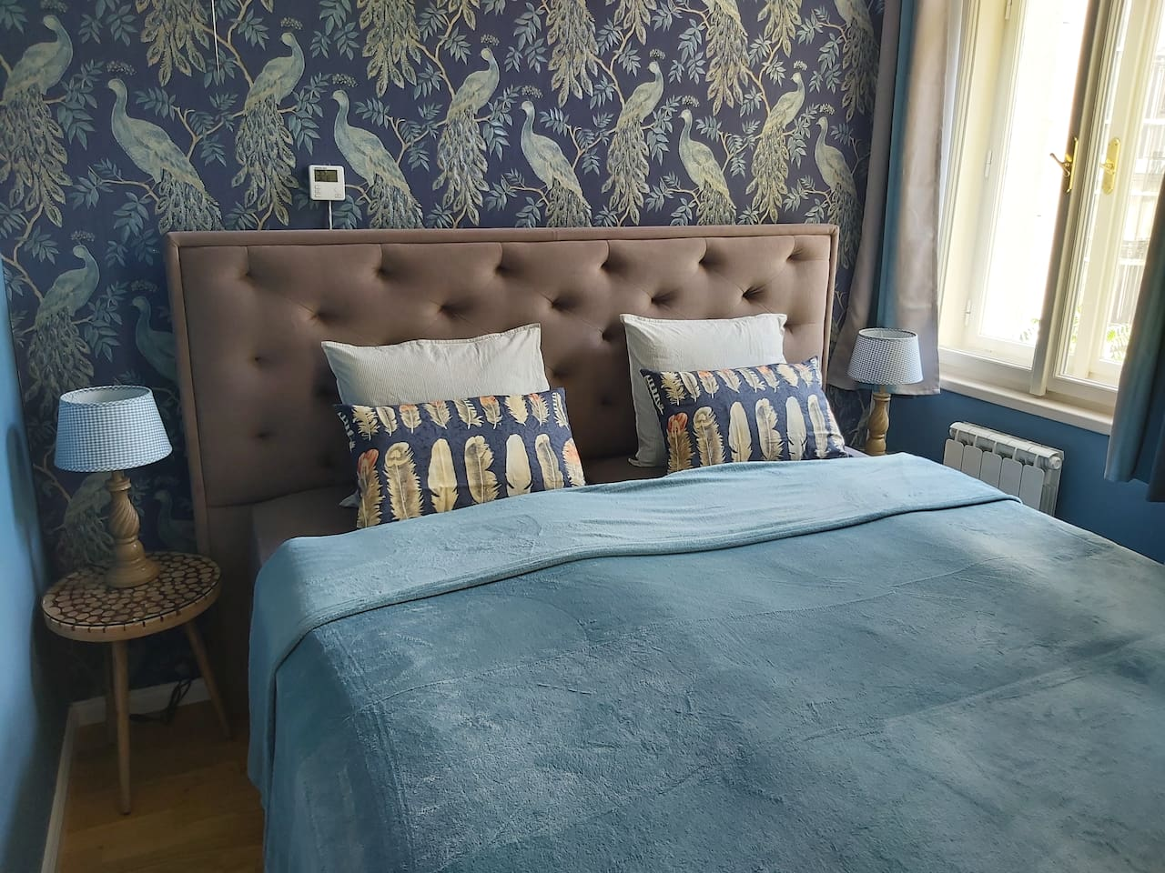 comfortable box spring double bed with quality Italian mattresses