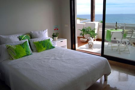 Luxury townhouse for 8 people. Spectacular views. - San Roque - 连栋住宅