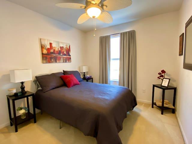 Quaint side bedroom
