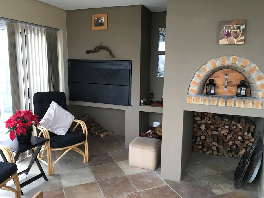 BBQ and pizza entertainment area