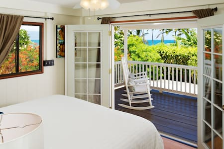 Partial Ocean View One bed Suite
