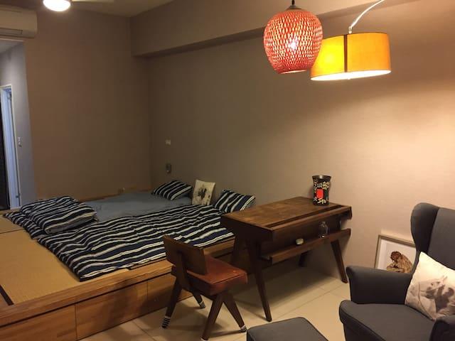 清幽和室房、生活機能健全、新大樓保全佳,交通便捷。可做短租催眠或心理諮商工作室或長租