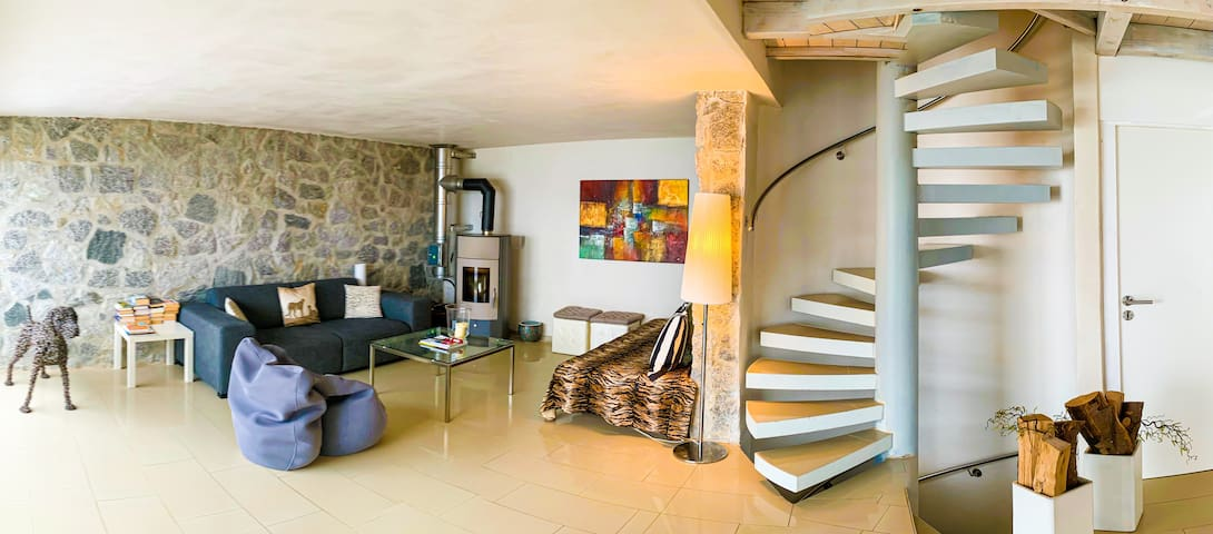 Ferienhaus Beatitudo mit Seeblick & Pool