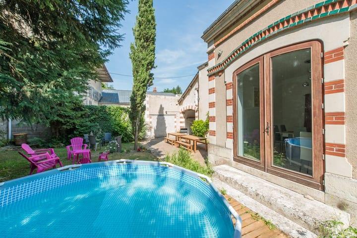 Grande maison Montlouis 16/22 pers - pte piscine