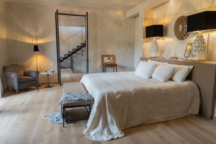 Casa Lloreda Villa fabulous location