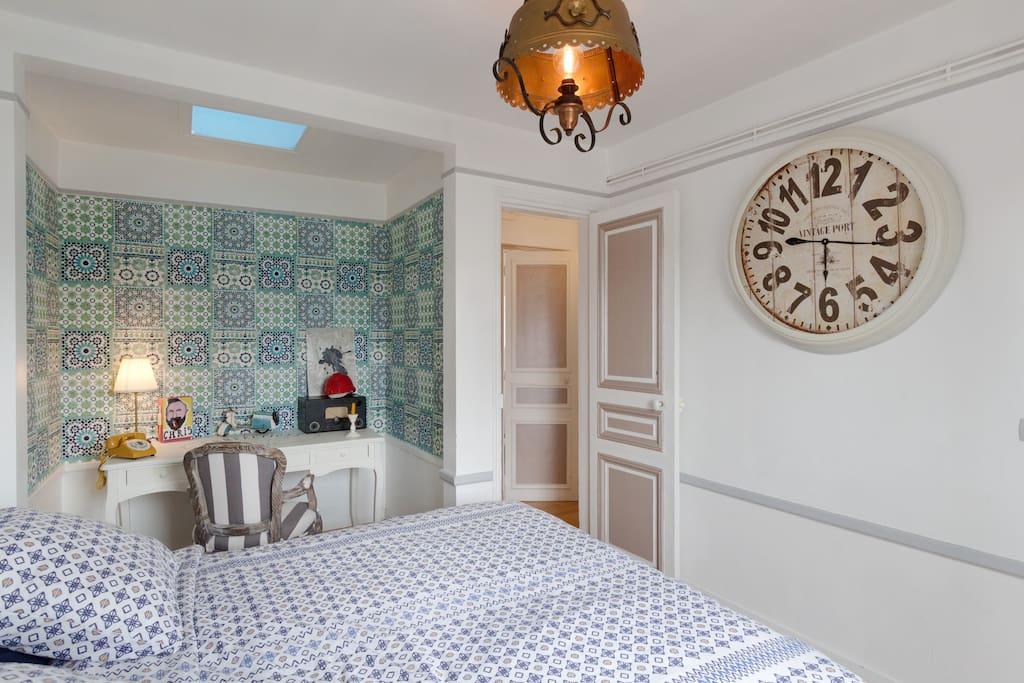 Bedroom 1 kingsize bed