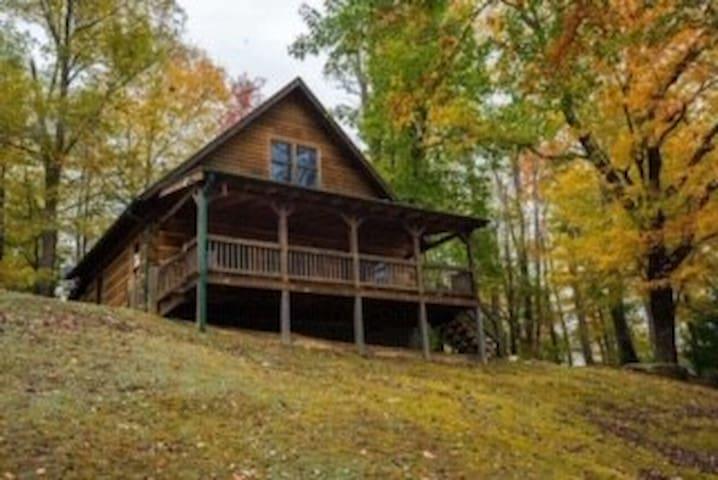 A Mountain Dream Cabin