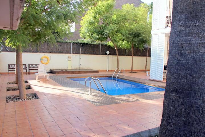 Apartament Castelldefels (Barcelona).Max. 3 pax