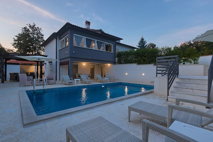 Buici villa with pool
