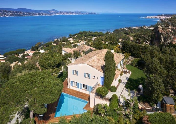 OZONE SANITIZED  Magic view of Bay of Saint Tropez
