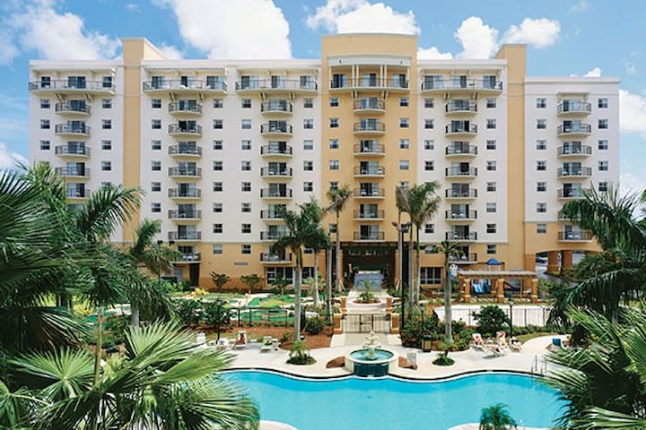 Wyndham Palm Aire 2 Bedroom!
