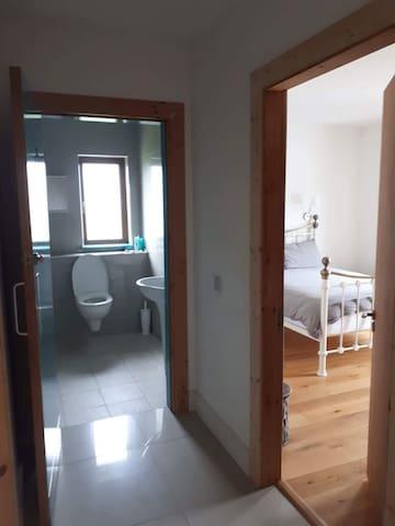Bathroom/next door to bedroom