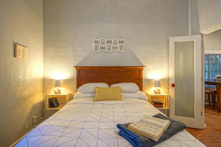Bedroom #2: Queen size bed