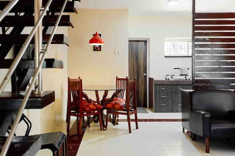 SEASONS HOMESTAY, House No 02