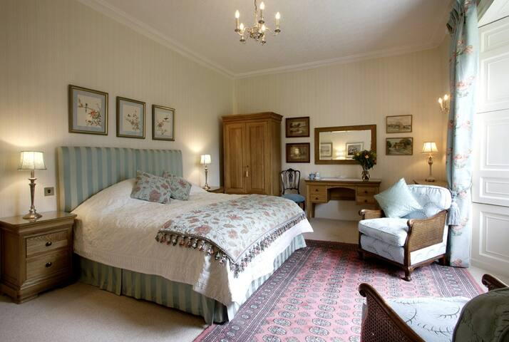 The Pear Tree Room - East Lothian