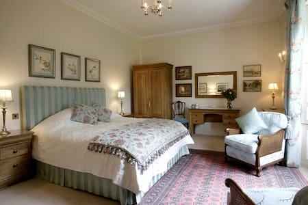 The Pear Tree Room - East Lothian