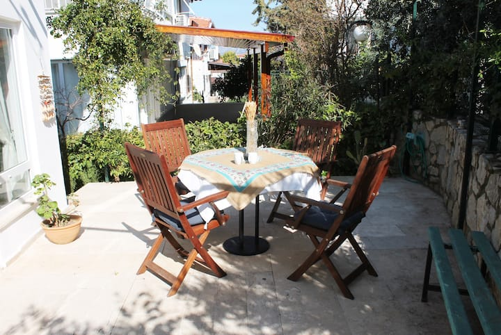Çınar House (1+1 Flat Close to Beach)