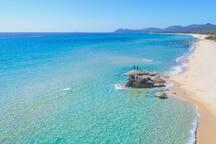 La spiaggia di Costa Rei a maggio.