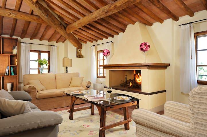 Pratello Country Resort - Appartamento Family - Peccioli - Apartamento