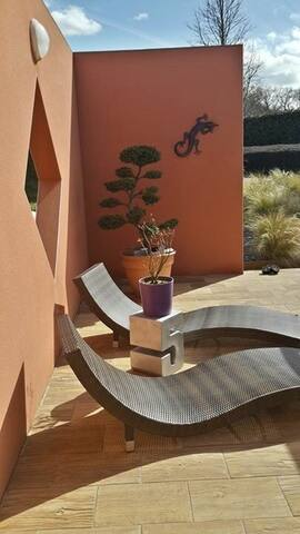 Chambre confort+ Guingamp Sdb+WC+parking privés