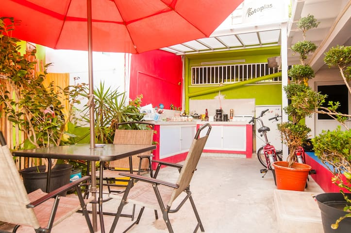 #2 Cozy & Private B&B Near The Beach - Isla Mujeres - Bed & Breakfast