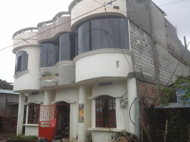 sector 50 casa