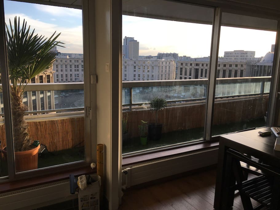 Appart montparnasse tout confort 50m2 balcon for Appartement balcon paris