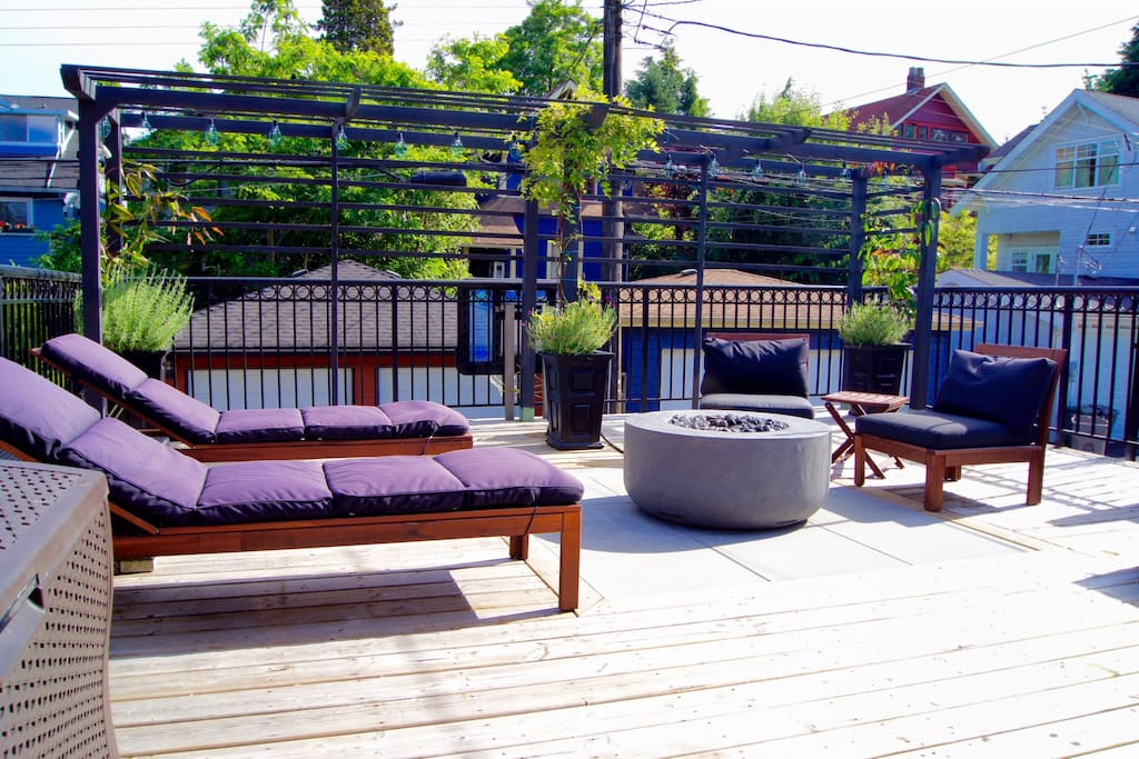 400 square foot deck