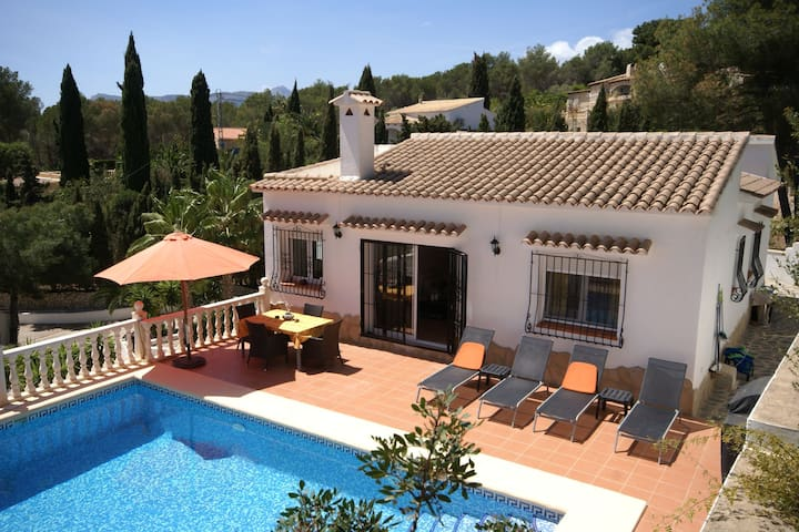 Deluxe Villa in Benissa with Swimming Pool