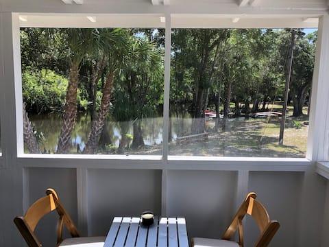 Quaint Cottage w/access to Peace River