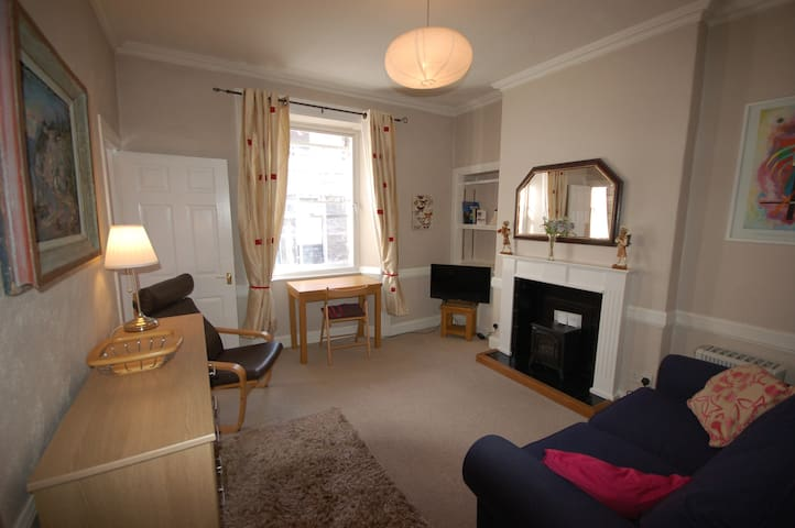 Rose Street - Super Little Pad