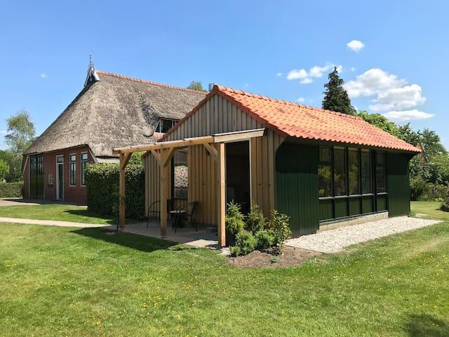 Tuinhuis op boerenerf