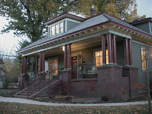 Bliss Bungalow - Historic Home !