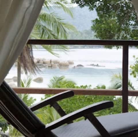 Nongkat Island Beach Cottage (Snapper)