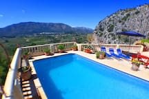 The private pool and terrace with the views over the Jalon valley, towards Parcent.