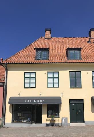 Modern 3-rumslägenhet i Visby innerstad