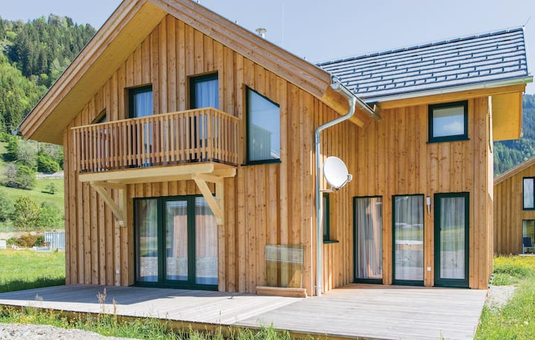 Holiday cottage with 4 bedrooms on 100 m² in Murau