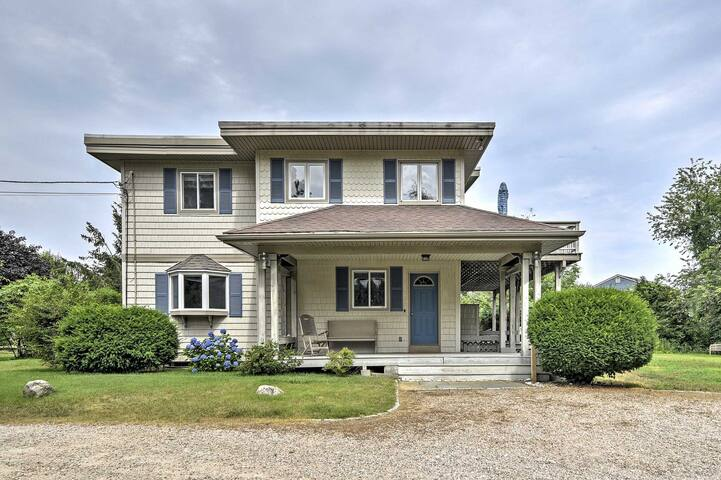 Private Charlestown Home - 1 Mile to the Ocean!