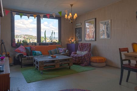 Super central, cool apartment from the 70s