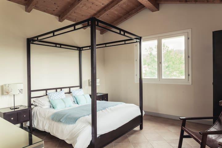 Bedroom 1 with 5ft bed and en-suite bathroom.