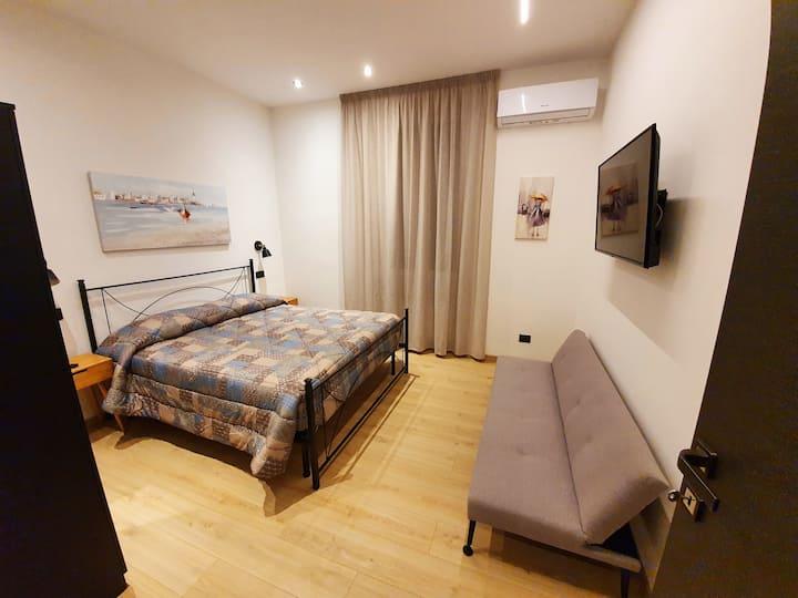 Cozy apartment near the sea