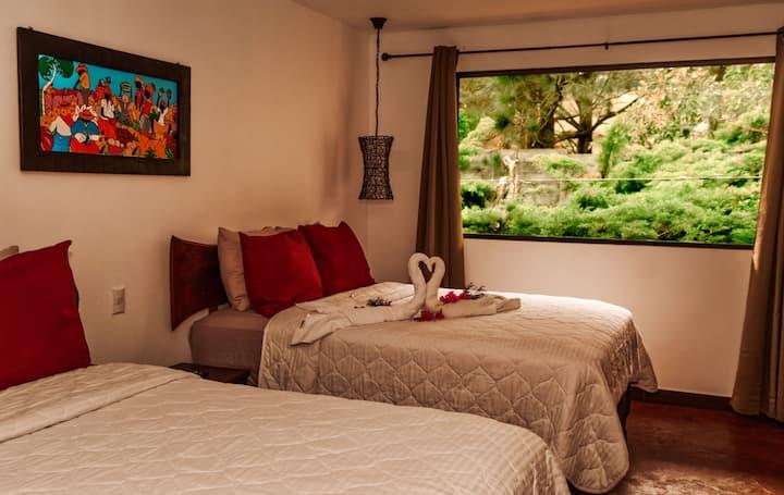 Suite Familiar con Balcón en Hotel Juayúa