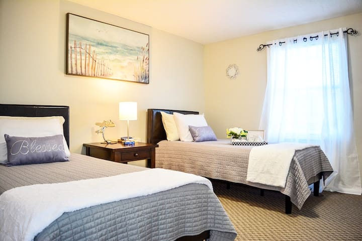 ⭐️Santander⭐️Cozy BDRM for TWO | Comfy Beds (웃||유)