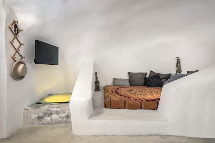 Traditional Farmers Secret Cave#1 Santorini