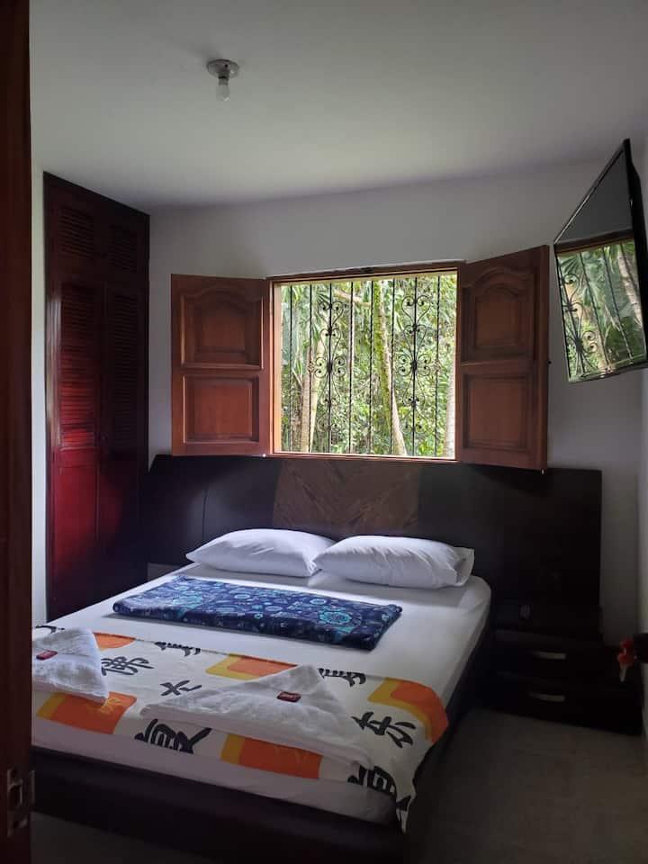 Rosita 3 (Habitación Doble con Baño Privado)
